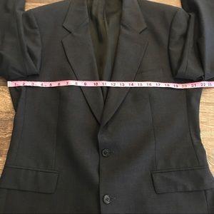 Brooks Brothers Suits & Blazers - Brooks Brothers brooksease charcoal blazer 42R